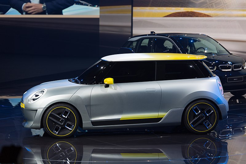 C:\Documents and Settings\Admin\Рабочий стол\800px-Mini_Electric_Concept,_BMW_press_conference,_IAA_2017,_Frankfurt_(1Y7A1785).jpg